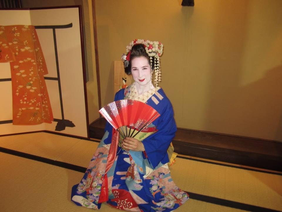 ellyssa-valenti-geisha